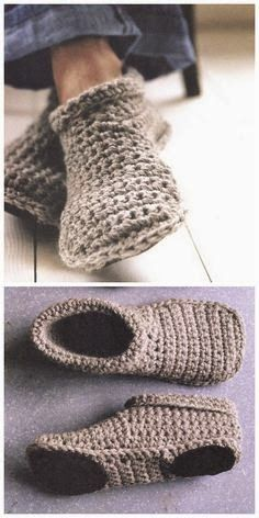 DIY Sturdy Crochet Slipper Boots Free Pattern from SMP Craft. (True Blue Me and You: DIYs for Creatives) : DIY Sturdy Crochet Slipper Boots Free Pattern from SMP Craft. I really like the look of these slippers…For more Free knitting ideas, head to ww Knit Or Crochet, Crochet Crafts, Crochet Projects, Crochet Baby, Sewing Projects, Easy Crochet Socks, Crochet Summer Hats, Crochet Vests, Crochet Patron