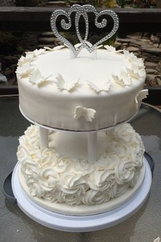 2 tier simple Wedding cake