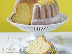 Svieža jogurtovo-citrónová bábovka Czech Recipes, Russian Recipes, Ethnic Recipes, Lemon Yogurt, Sweet Cakes, Cornbread, Sweet Recipes, Nom Nom, Food And Drink