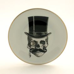 Altered Lord Skull Plate Porcelain Top Hat by MoreThanPorcelain, €25.00