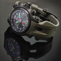 c0a44777c4f OAKLEY HOLESHOT Chronograph 10th Mountain Division Edition Dream Watches