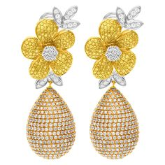 Flower diamond earrings in 18k tri-color gold