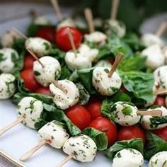 """Tomato and Mozzarella Bites 