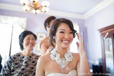 http://julietelizabethblog.com/helen-earl-lowndes-grove-plantation-wedding/ oscar de la renta necklace