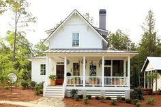 Farmhouse Home Inspirations | The Blissful Bee