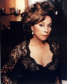 We HEART the classic dame, Diahann Carroll Beautiful Old Woman, My Black Is Beautiful, Beautiful People, Gorgeous Lady, Dead Gorgeous, Beautiful Ladies, Jacqueline De Ribes, Der Denver Clan, Fierce