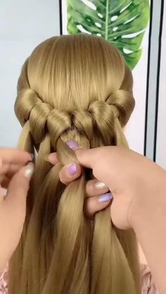 Hairdo For Long Hair, Bun Hairstyles For Long Hair, Braided Hairstyles, Hair Up Styles, Medium Hair Styles, Natural Hair Styles, Hair Style Vedio, Hair Hacks, Hairstyle Hacks