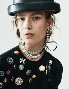 Publication: Vogue Mexico September 2016 Model: Zuzu Tadeushuk Photographer: Nicolas Kantor Fashion Editor: Catherine Newell-Hanson Hair: Sabrina Szinay Make Up: Georgi Sandev