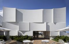 Dior Miami Boutique Façade / Barbarito Bancel Architects