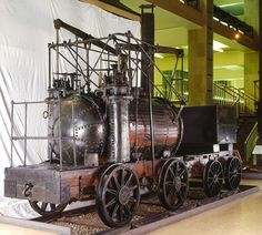 London's Top 10 : Science Museum - Puffing Billy Puffing Billy is the world's oldest remaining steam locomotive. It was built in England in 1813 and used to transport coal. George Stephenson's famous 1829 Rocket, the first locomotive engine to pull passenger carriages, is also on display.