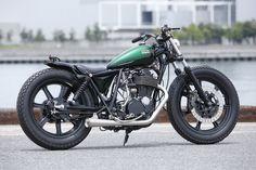 平和モーターサイクル - HEIWA MOTORCYCLE -   SR400 007 (YAMAHA)