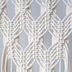 Pin on Macrame Macrame Wall Hanging Patterns, Macrame Plant Hangers, Macrame Bag, Macrame Patterns, Art Macramé, String Crafts, Micro Macramé, Macrame Design, Macrame Projects