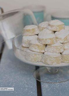 Receta de nevaditos de aceite de oliva. Receta de dulces navideños.