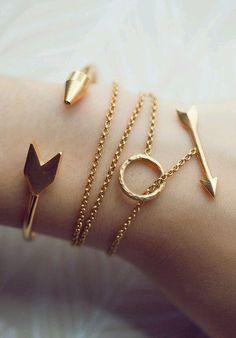 Armband - Armband - Accessoire - Schmuck - Schmuck - Accessoire - Armband - B . - armband – armband – zubehör – schmuck – schmuck – zubehör – armband – bilezik – z - Cute Jewelry, Jewelry Box, Jewelry Accessories, Fashion Accessories, Fashion Jewelry, Jewlery, Arrow Jewelry, Arrow Bracelet, Silver Jewelry