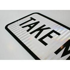 presentatie plaatje beeldstijl onderzoek , extra aandachtseffect/techniek: reflectieve toepassingen Aimee Take Me Home Sign closeup-500x500.jpg (500×500)