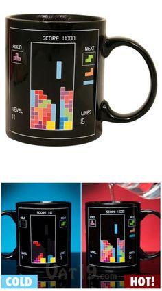 #Taza de #tetris para tu café o té. Con el agua caliente cambian de color. ¿Te gustan? Encuéntralas aquí.