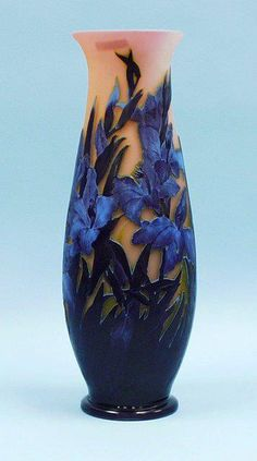 Another beautiful blue creation. The tones and different hues of the flowers give it contrast and a lovely over-all effect.