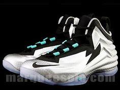 4ac8a7be7c0 2014 Nike Chuck Posite SZ 10.5 Metallic Silver Barkley Foamposite 684758-001  Charles Barkley Sneakers