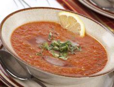 Гаспачото е испанска студена доматена супа, която е много популярна в по-топлите райони през лятото.
