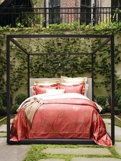 Persimmon Red Floral Luxury Bedding - Sferra Avery