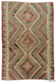 Vintage hand-woven Esme kilim rug around 50 years old and in very good condition. Esme is a very famous weaving village in Usak, Turkey.