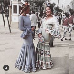 Spanish style – Mediterranean Home Decor Spanish Fashion, Spanish Style, Africa Fashion, Dance Wear, The Dress, Summer Wardrobe, Fashion Design, Fashion Trends, Fashion Ideas