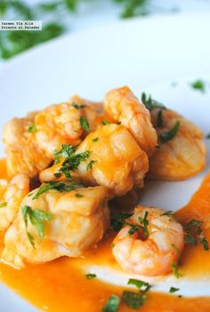 Recipe Monkfish with prawns in spicy sauce by learn to make this recipe easily in your kitchen machine and discover other Thermomix recipes in Main dishes - fish. Avocado Recipes, Fish Recipes, Seafood Recipes, Cooking Recipes, Healthy Recipes, Pescado Recipe, A Food, Food And Drink, Spicy Sauce