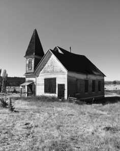 Abandoned church in the community of Simnasho, Warm Springs Reservation Eastern Oregon. Built in approximately 1902.