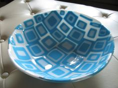 Blue and White Fused Glass Bowl Fused Glass Bowl, Slumped Glass, Glass Bowls, Glass Fusion Ideas, Glass Fusing Projects, Art Things, Glass Design, Sea Shells, Art Work