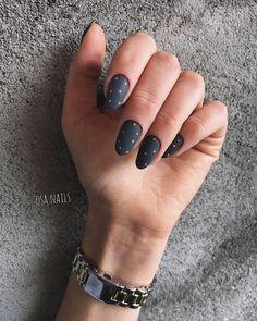Black Nail Designs, Nail Designs Spring, Matte Nails, Black Nails, Dark Color Nails, Acrylic Nails, Gradient Nails, Holographic Nails, Gold Nails