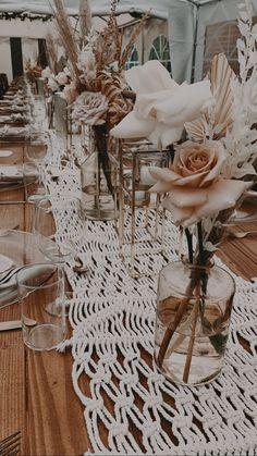 Boho Wedding Decorations, Wedding Centerpieces, Wedding Table, Fall Wedding, Our Wedding, Dream Wedding, Wedding Ceremony, Bodas Boho Chic, Design Floral