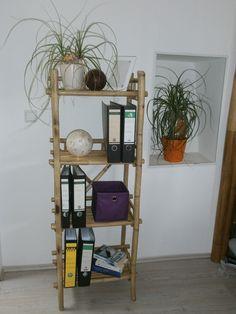 Bambusregal mit 4 Ablagefächer Maße: B 55cm x 35cm  x 145cm h www.naturestyle-möbel.de