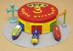 chuggington cakes for birthdays   Gloria Cake: Chuggington Station