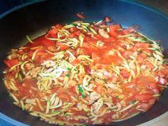 Da man während der HCG Diät gut etwas Abwechslung brauchen kann, heute ein neues Rezept: die Zucchini Spaghetti, die ihr ab Phase 1 essen könnt. Da ich ein absoluter Fan von Spaghetti in jeglicher Variation bin, fließt bei mir schon das Wasser im Mund zusammen, wenn ich nur den Titel des Rezeptes lese. Leider müssen …