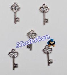 charms llaves plata antigua