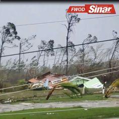Taufan Dorian meningkat menjadi ribut Kategori 5 ketika memasuki Bahamas. Ia dijangka membadai pulau itu dengan hujan lebat selama dua hari, ombak tinggi dan angin kencang sebelum bergerak ke Amerika Syarikat.  #sinarharian #TropicalStormDorian #HurricaneDorian #safety Motion Video, Florida, The Florida