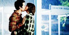 17 Romantic TV Kisses in the Rain: Stiles and Malia, Teen Wolf