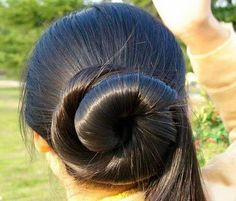 Beautiful Buns, Beautiful Long Hair, Gorgeous Hair, Amazing Hair, Long Black Hair, Very Long Hair, Bun Hairstyles, Hairstyle Ideas, Hair Ideas
