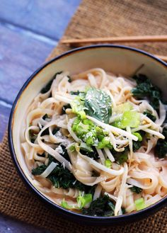 #Recipe: Spicy Coconut Rice Noodles with #Kale and #Basil