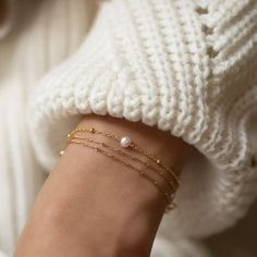 Simple Jewelry, Dainty Jewelry, Jewelry Gifts, Rose Gold Jewelry, Graff Jewelry, Gold Wedding Jewelry, Etsy Jewelry, Gold Jewellery, Pearl Jewelry