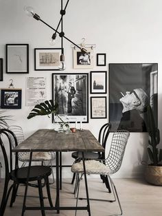 Home with a great art wall - via Coco Lapine Design// gallery wall inspiration, arrangements, styling, home decor for every part of the house, interior decorating Dining Room Design, Dining Room Table, Dining Rooms, Wood Table, Wire Dining Chairs, Plank Table, Dining Room Wall Art, Rustic Table, Diy Table