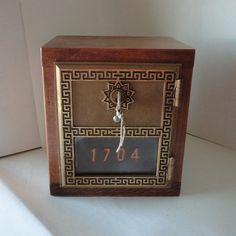 1920s ART DECO German FLAPPER Portrait Jewelry Box with Key