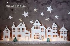 A Christmas village is actually essential in winter in the house . A Christmas village is actually essential in winter in the house . Look at 8 easy to make Christmas villages! Diy Christmas Lights, Noel Christmas, Christmas Paper, Winter Christmas, Christmas Decorations, Simple Christmas, Christmas Projects, Christmas Crafts, Christmas Ornaments