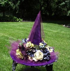 Victorian Witch Hat / Purple Witch Hat Costume / Elegant Witch Hat / By English Rose Designs Oh via Etsy Halloween Witch Hat, Halloween Trees, Halloween Projects, Holidays Halloween, Halloween Fun, Halloween Decorations, Witch Hats, Witch Costumes, Halloween Costumes
