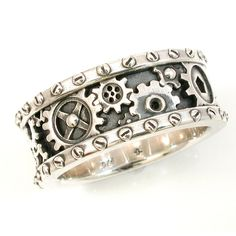SteamPunk Mens Silver Ring - Gears and Rivets - Industrial Steam Punk - Handmade Gear Ring - Men's style, accessories, mens fashion trends 2020 Moda Steampunk, Style Steampunk, Steampunk Fashion, Steampunk Wedding Dress, Steampunk Cosplay, Gothic Steampunk, Mens Silver Rings, Silver Man, Silver Jewelry