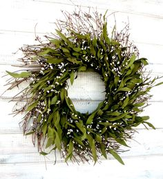 I like the idea of putting aromas in my wreath; like thyme or Lemon grass to keep away the bugs!
