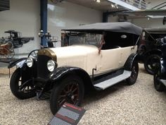 Laurin & Klement 105 - 1924 Vintage Cars, Antique Cars, L Car, Cars And Motorcycles, Classic Cars, Automobile, Bike, Eastern Europe, 1920s