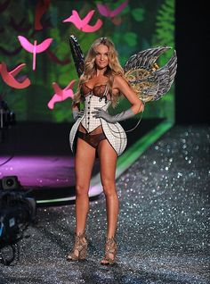 2009 Victorias Secret Fashion Show -STEAM PUNK! by hvyilnr, via Flickr eliminate the wings and I'm a go to try it on