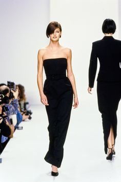 Calvin Klein Collection Fall 1995 Ready-to-Wear Fashion Show - Linda Evangelista