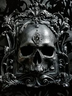 We offer a range of gem colours and finishes on our new skull wall plaques - which one is your favourite? Wallpaper Caveira, Memento Mori, Skull Reference, Statue Tattoo, Skull Artwork, Arte Obscura, Skull Wallpaper, Dark Tattoo, Skull Decor